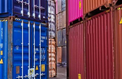 A Simple Guide On Picking The Best Shipping Containers