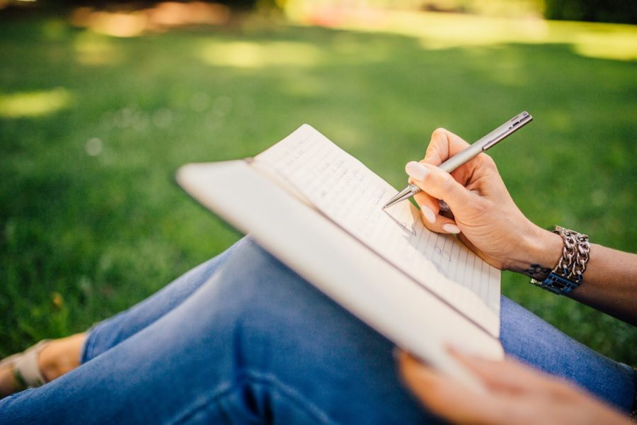 Reasons to Start Journaling Today – Essentials to Keep in Mind as You Write